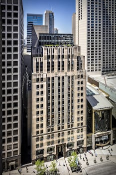 The Shops at North Bridge, 521 N Rush St, Chicago, IL 60611, United States.
