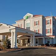 Holiday Inn Express Hotel & Suites Amherst-Hadley, MA