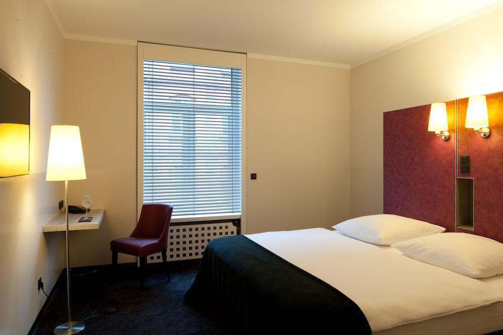Hotel Topas Frankfurt