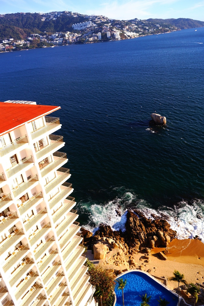 Aerial View, Holiday Inn Resort Acapulco
