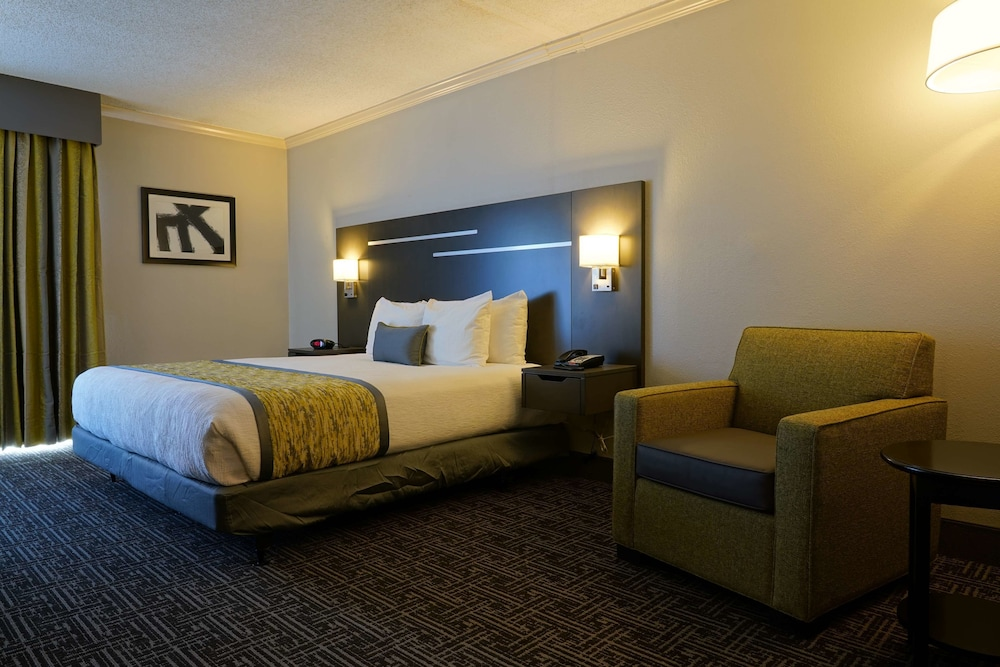 Room, Best Western Plus Morristown Conference Center Hotel