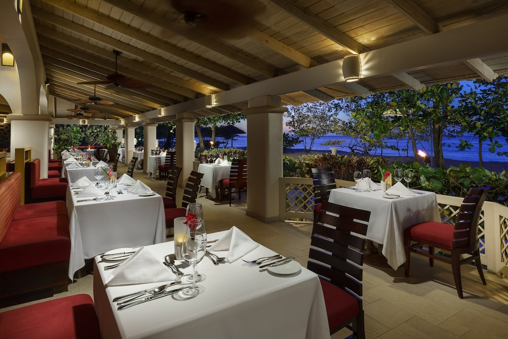 Restaurant, Spice Island Beach Resort All Inclusive