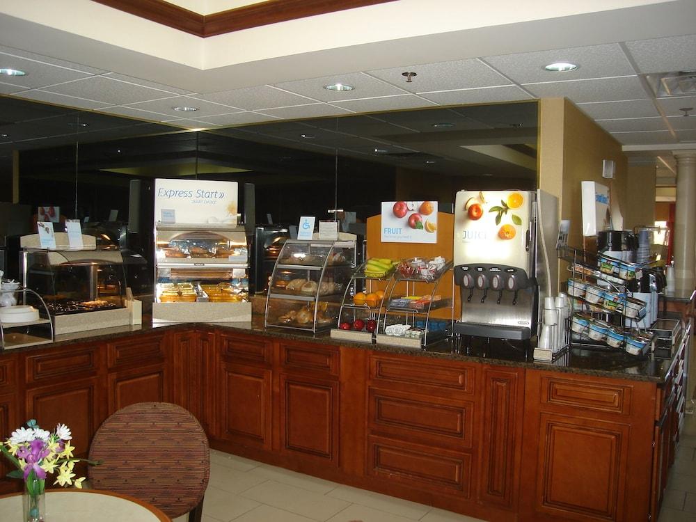Image Result For Holiday Inn Express Louisville Northeast Hotel Tripadvisor