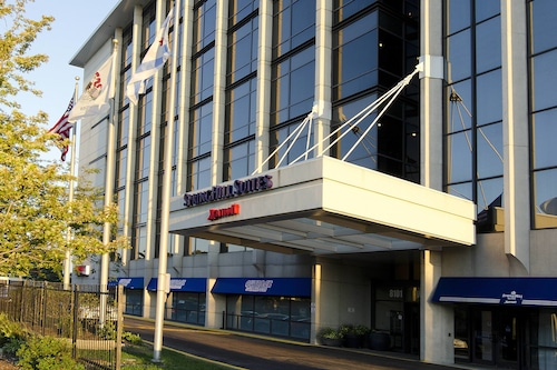 SpringHill Suites Chicago O'Hare by Marriott