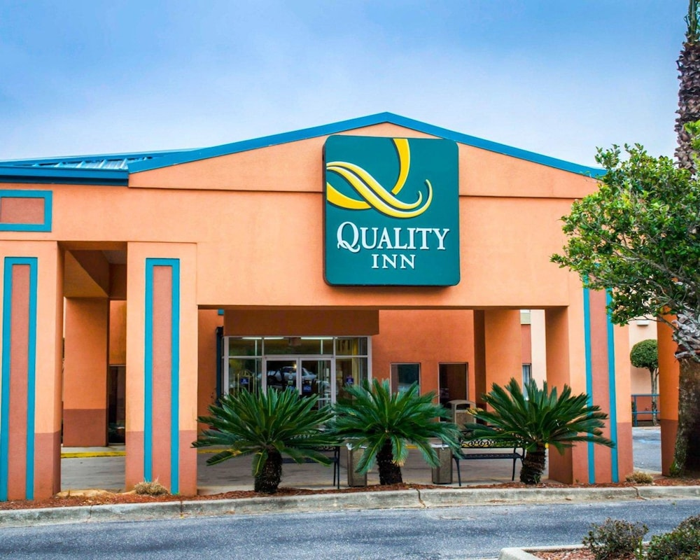 Quality Inn In Pensacola Hotel Rates Reviews On Orbitz
