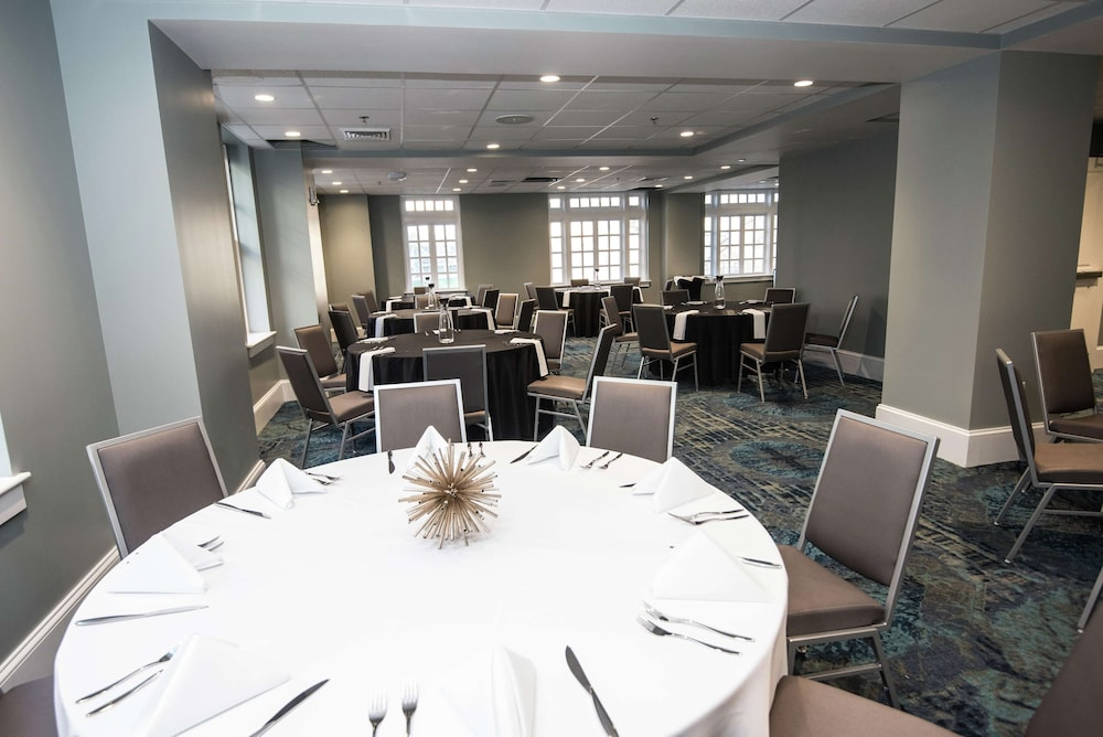 Meeting Facility, Redmont Hotel Birmingham, Curio Collection by Hilton