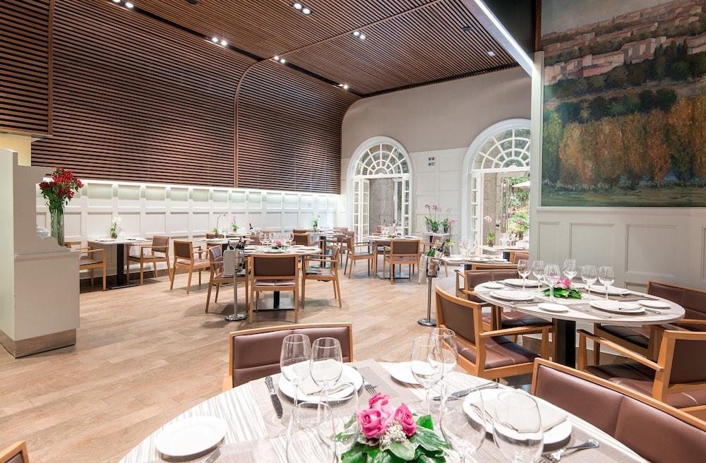 Vp jard n de recoletos in madrid hotel rates reviews on orbitz - Restaurante el jardin de recoletos ...
