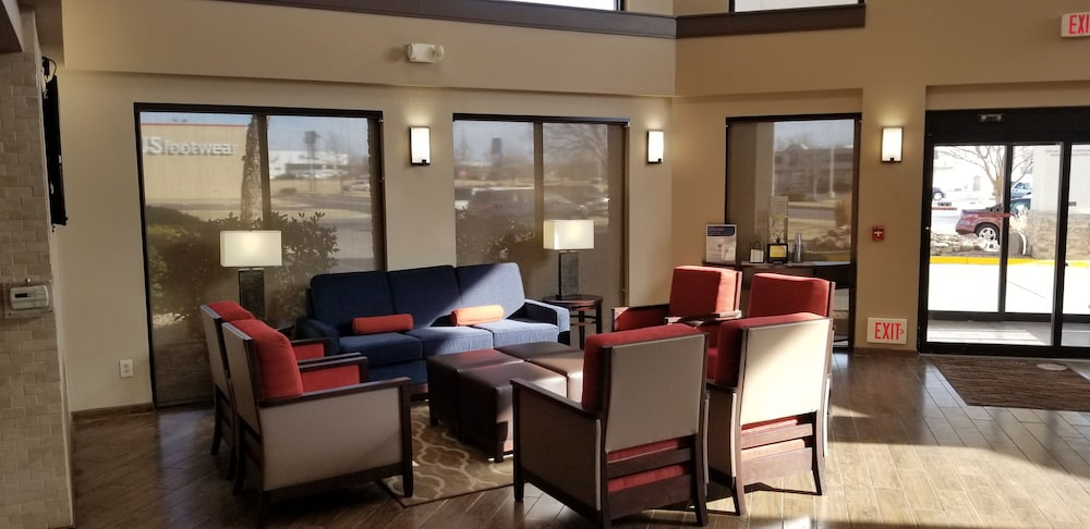 Lobby Sitting Area, Comfort Inn & Suites
