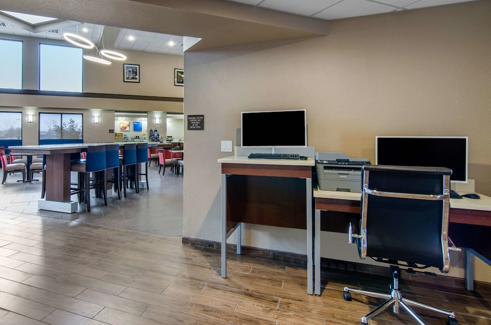 Business Center, Comfort Inn & Suites