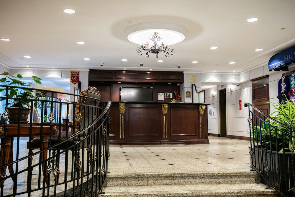 Reception, Best Western Ville-Marie Montreal Hotel & Suites