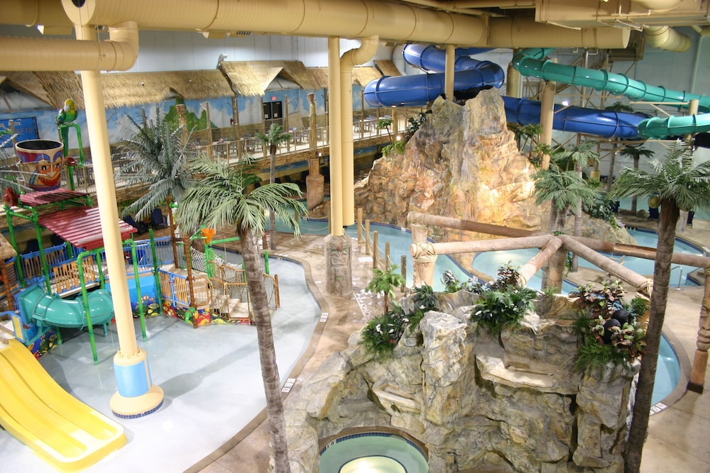 Edgewater Hotel Amp Waterpark Duluth 2019 Room Prices