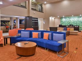 Courtyard by Marriott Decatur