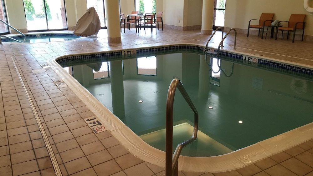 Indoor Pool, Courtyard by Marriott Decatur