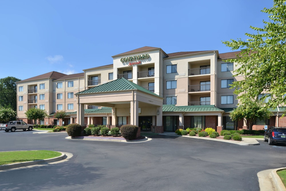 Exterior, Courtyard by Marriott Decatur