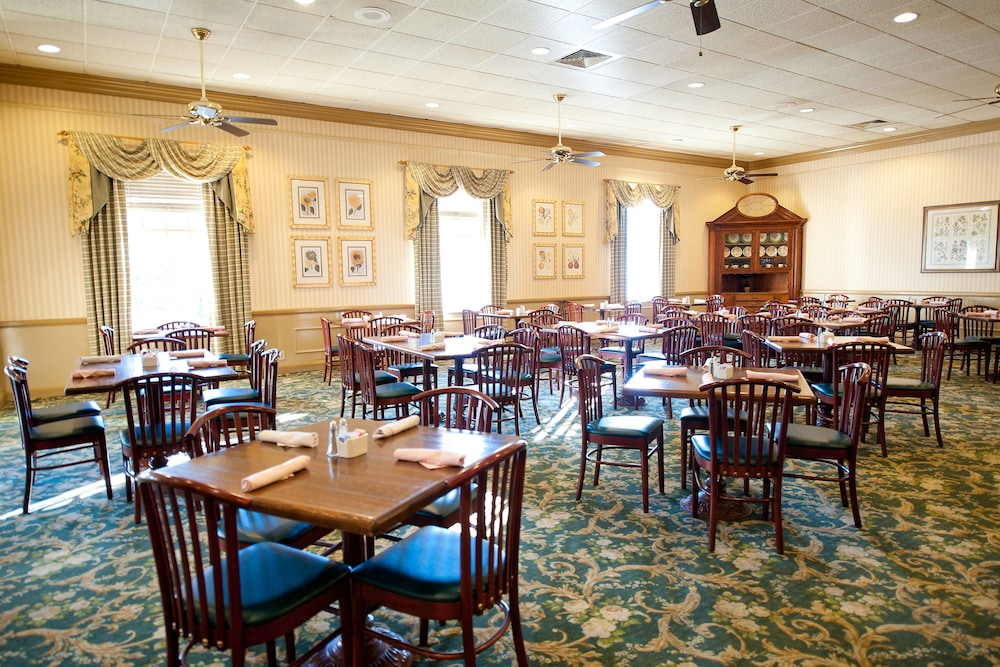 Dining, Stone Mountain Inn