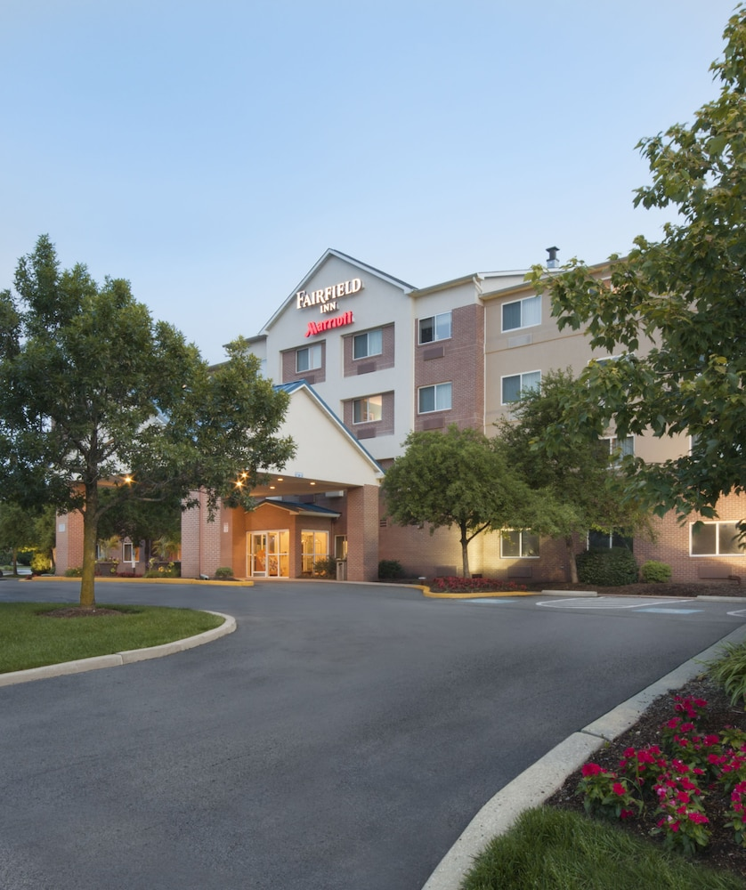 Front of Property - Evening/Night, Fairfield Inn by Marriott Philadelphia Airport