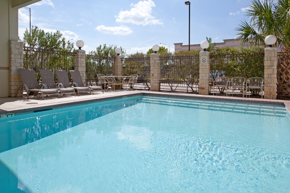 Outdoor Pool, Holiday Inn Express Hotel & Suites College Station, an IHG Hotel