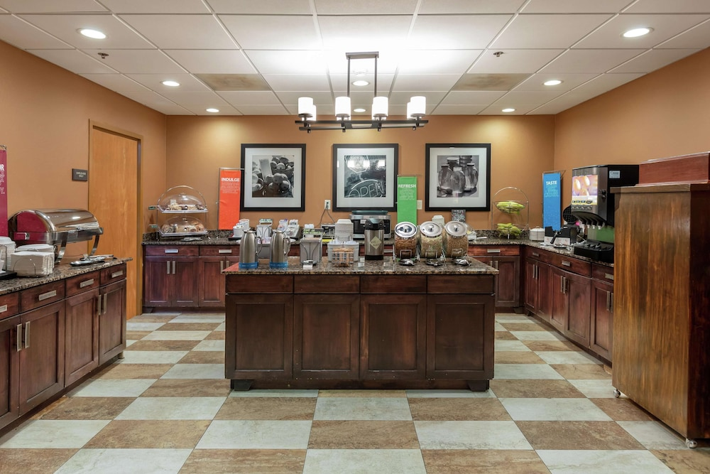 Restaurant, Hampton Inn & Suites Austin-Airport