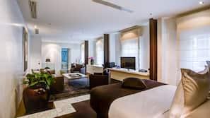 Egyptian cotton sheets, premium bedding, pillow-top beds, minibar