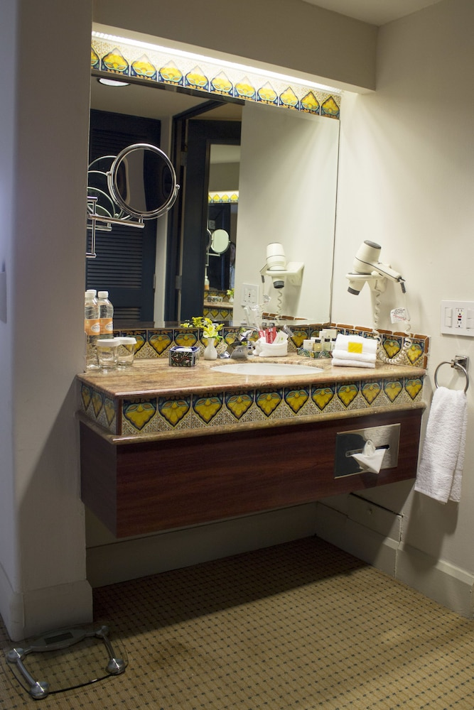 Bathroom Sink, Hotel Lucerna Culiacan