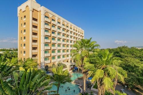 盧賽納庫利亞堪酒店