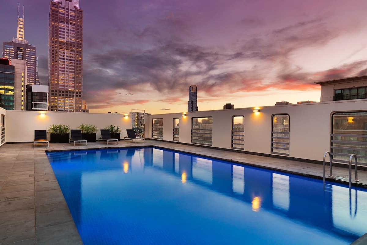 Hotel Grand Chancellor Melbourne in ...