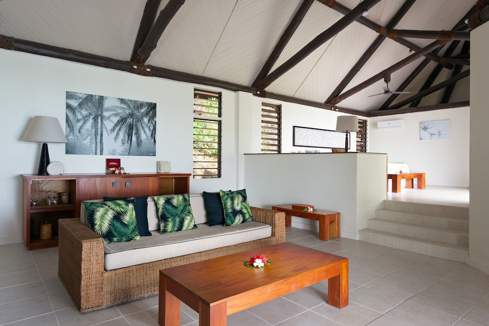 Living Area, Yasawa Island Resort - All Inclusive