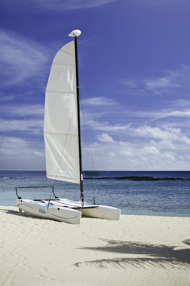 Boating, Yasawa Island Resort - All Inclusive
