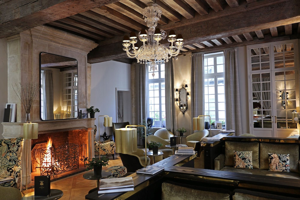 Featured Image, Hotel d'Aubusson