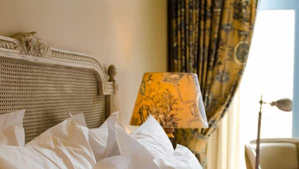 Egyptian cotton sheets, premium bedding, pillow top beds, in-room safe