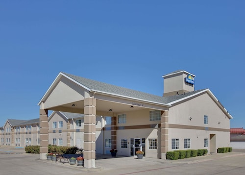 Days Inn by Wyndham Mesquite Rodeo TX