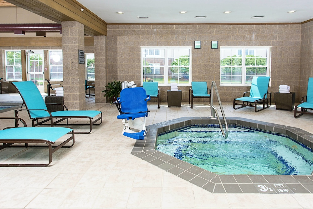 Indoor Spa Tub, Residence Inn by Marriott Rochester West/Greece