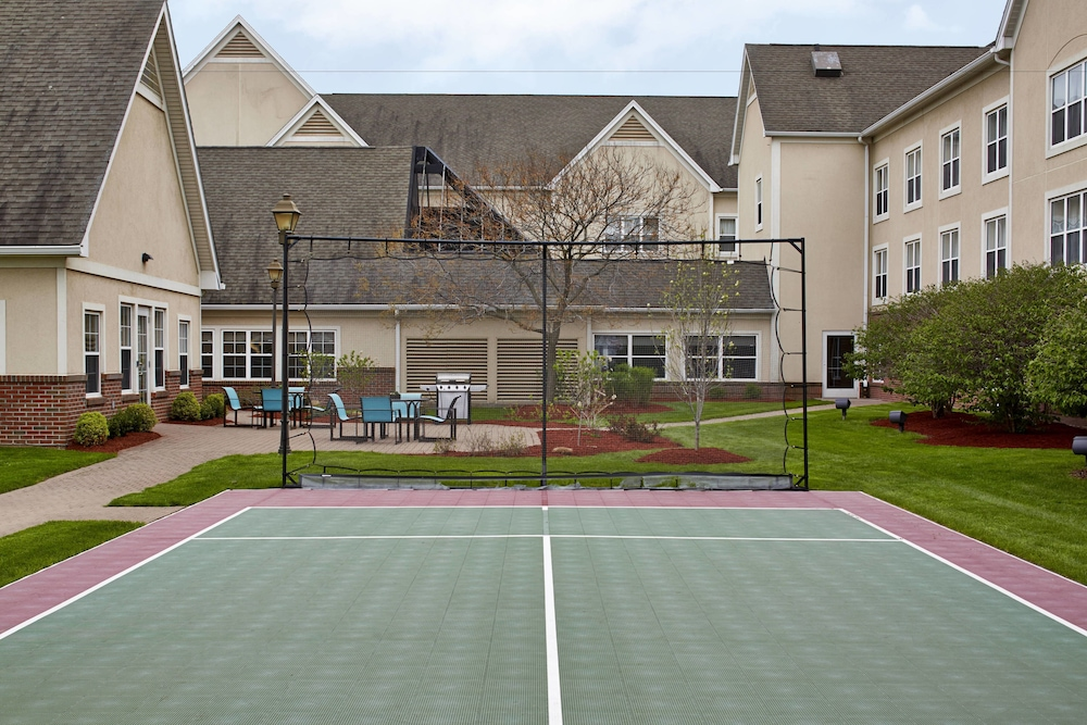 Sports Facility, Residence Inn by Marriott Rochester West/Greece
