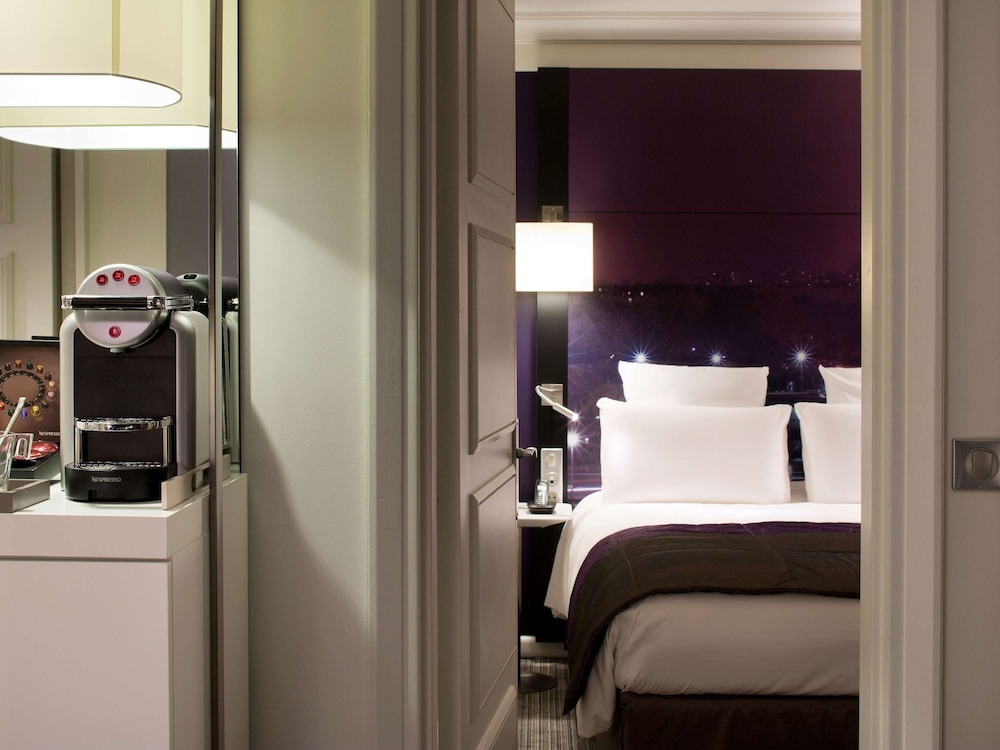 Room, Mercure Paris Centre Tour Eiffel