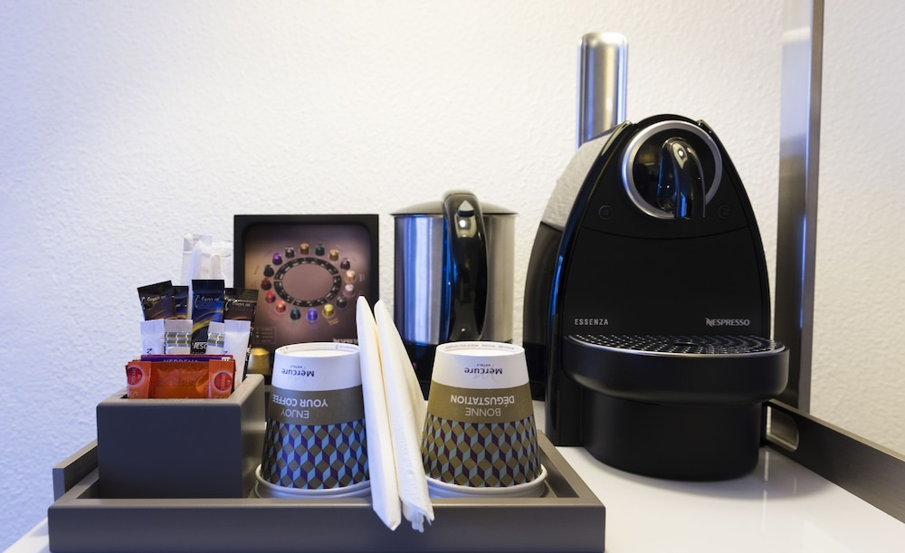 Coffee and/or Coffee Maker, Mercure Paris Centre Tour Eiffel