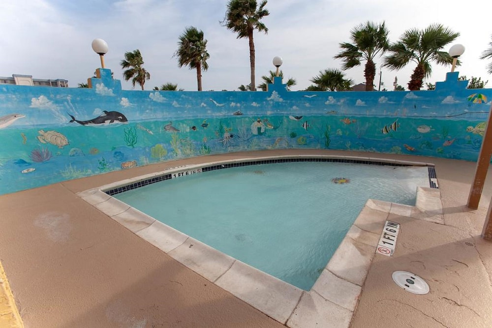 Children's Activities, Ramada by Wyndham & Suites South Padre Island