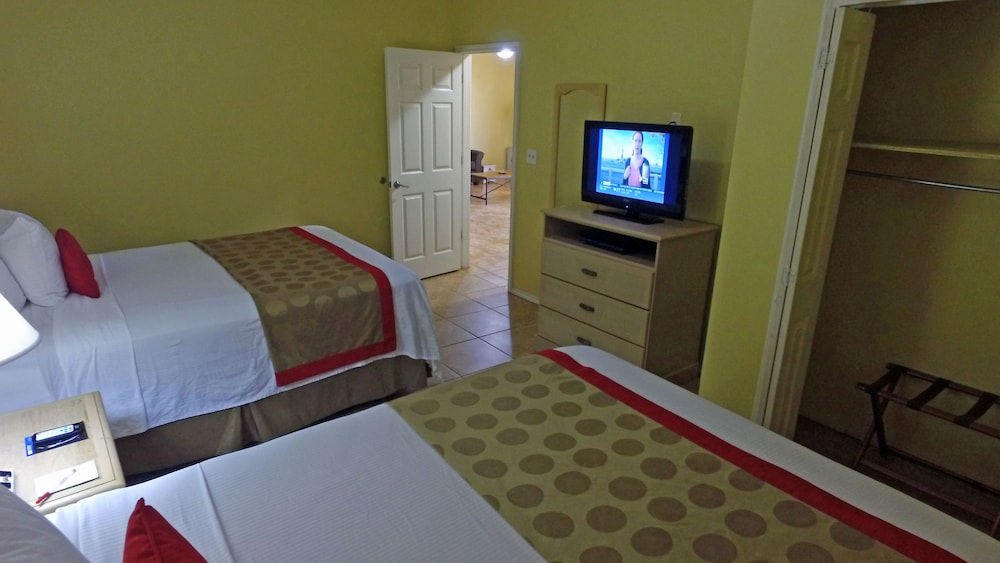 Room, Ramada by Wyndham & Suites South Padre Island