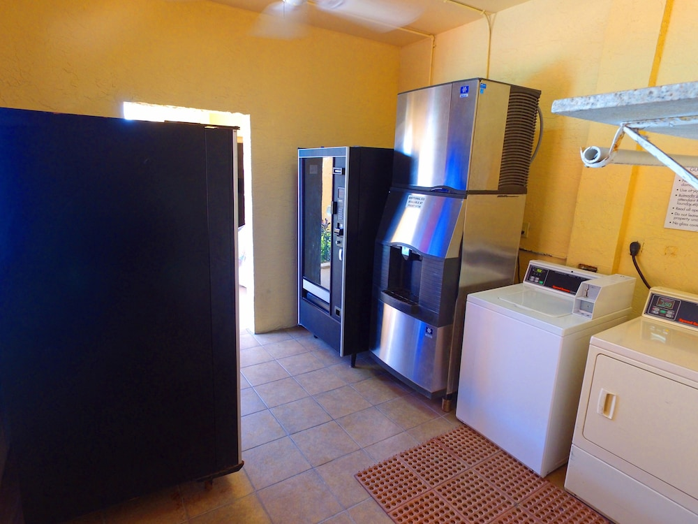 Laundry Room, Ramada by Wyndham & Suites South Padre Island