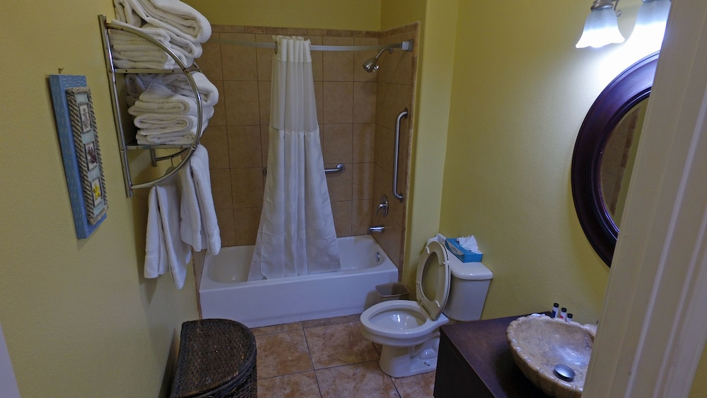 Bathroom, Ramada by Wyndham & Suites South Padre Island