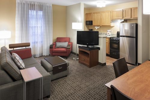 TownePlace Suites by Marriott Dallas Las Colinas