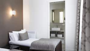 Zimmersafe, individuell eingerichtet, schallisolierte Zimmer