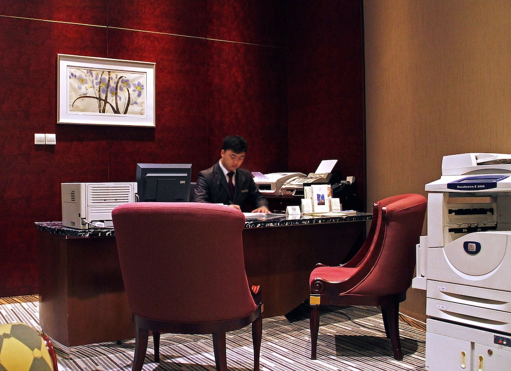 Business Center, Central Hotel Shanghai