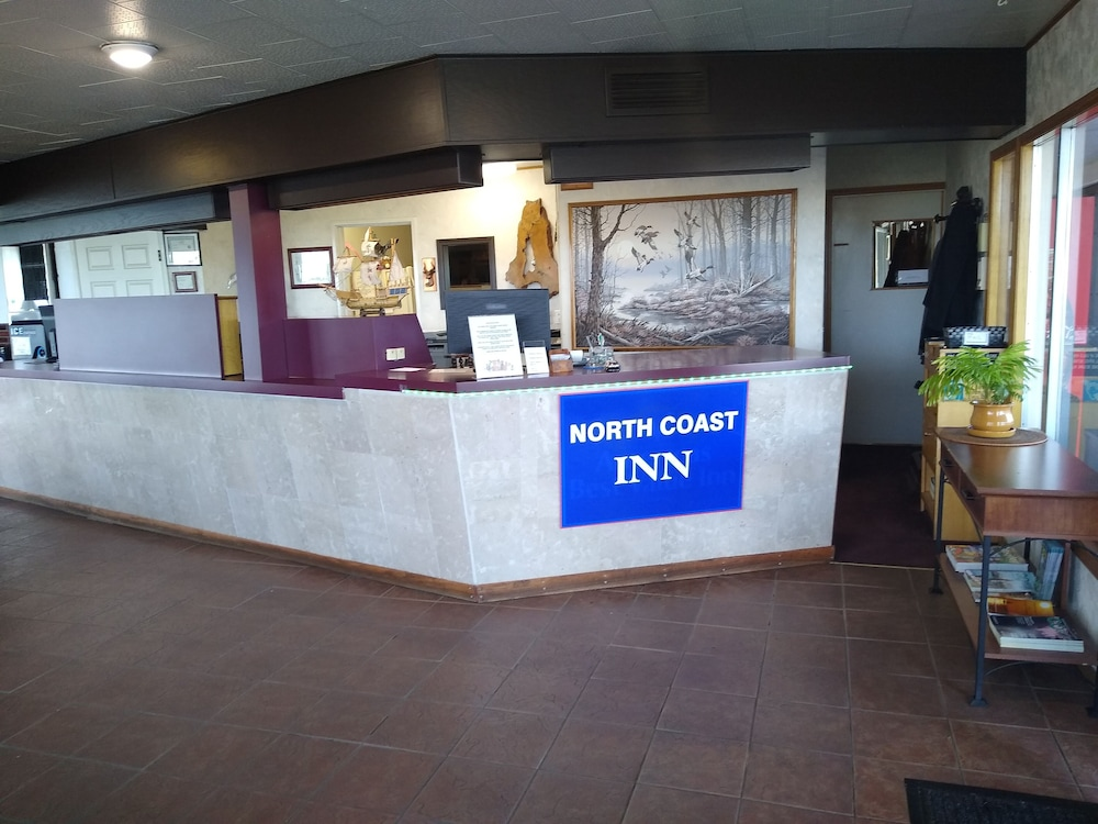 Lobby, North Coast Inn