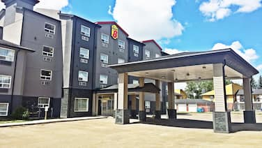 Super 8 by Wyndham Regina