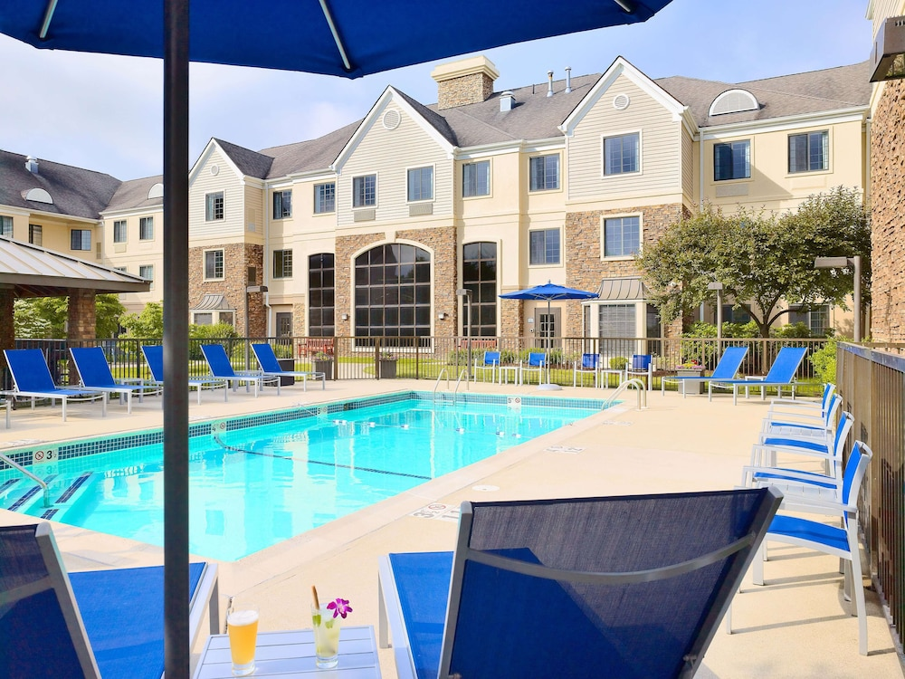 Pool, Sonesta ES Suites Andover Boston