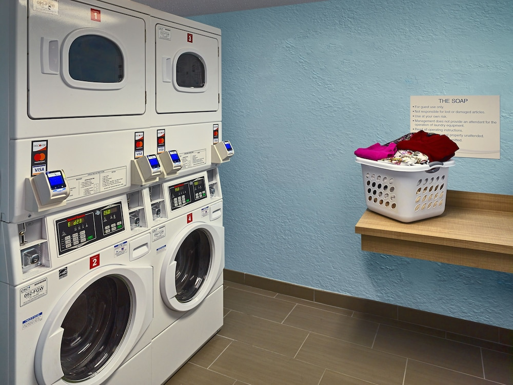 Laundry Room, Sonesta ES Suites Andover Boston