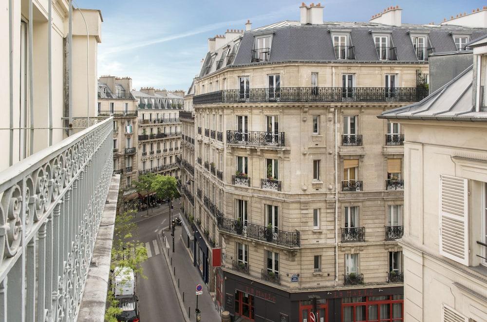 Hotel Corona Paris Booking