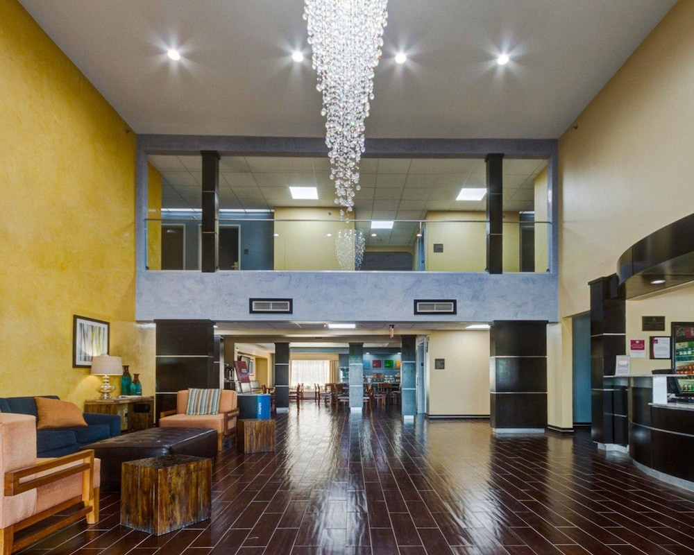 Lobby, Comfort Suites Lake Ray Hubbard