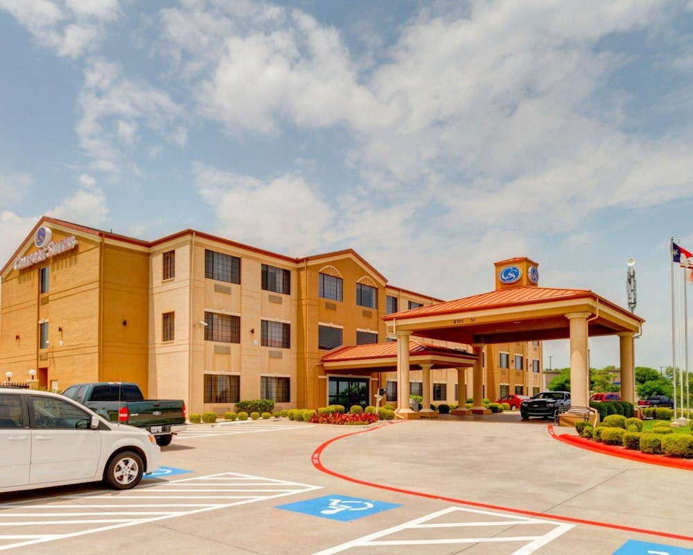 Featured Image, Comfort Suites Lake Ray Hubbard