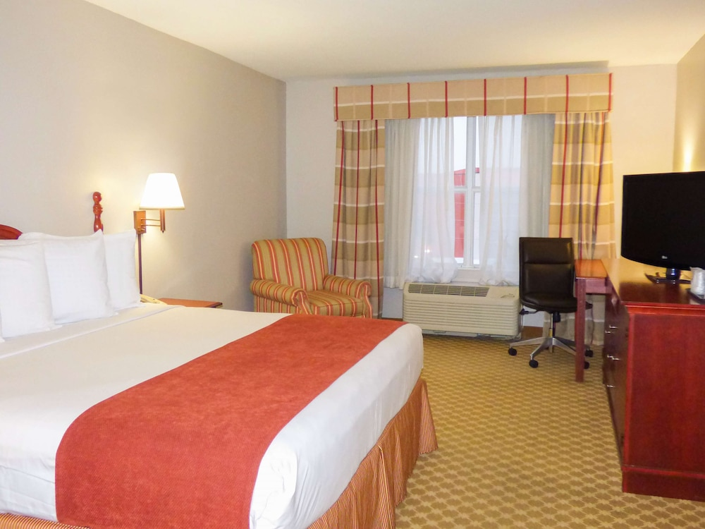 Room, Country Inn & Suites by Radisson, Orlando, FL